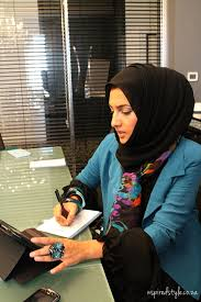 muslim-woman-at-work